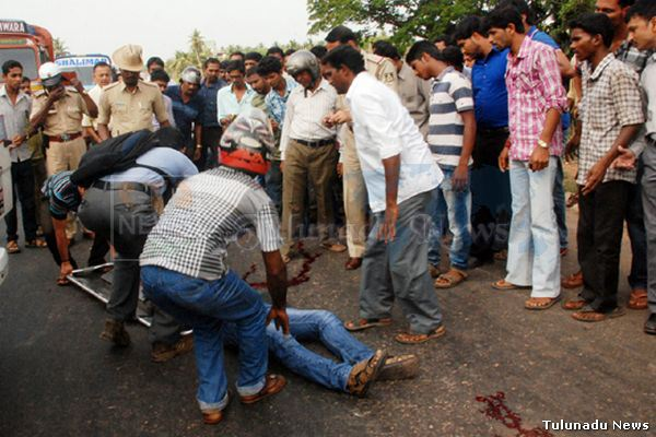 Mangalore-Brothers-loose-life-in-a-tragic-Road-Accident-at-Yekkur-01