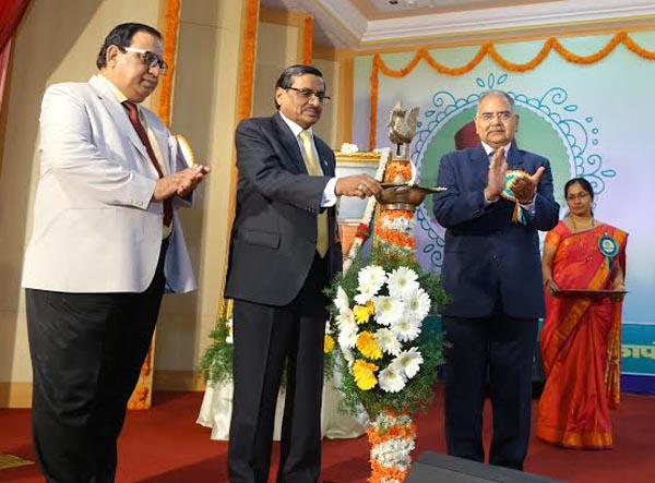Shri S R Bansal, Chairman & Managing Director of the Bank lighting the lamp and inaugurating the 110th Foundation Day Celebrations of the Bank in the presence of Shri Amar Lal Daultani and Shri B K Srivastav, Executive Directors of the Bank.
